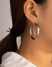 Fashion Silver Large Circle Sequin Alloy Cutout Earrings