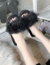 Fashion Black Ostrich Fur Flat Slippers