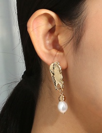 Fashion Gold Color Pearl Geometric Alloy Earrings