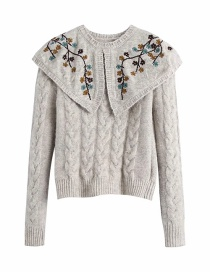 Fashion Light Grey Flower Embroidery Lapel Sweater