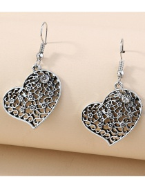 Fashion Love Hollow Carved Flowers And Leaves Love Earrings