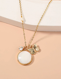 Fashion Golden Butterfly Round Natural Shell Necklace