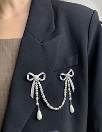 Fashion Silver Pearl Chain Brooch With Diamond Bow