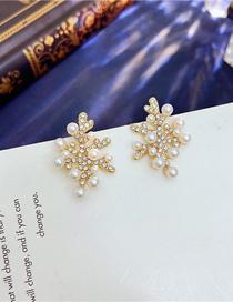 Fashion Gold Color Snowflake Pearl Stud Earrings