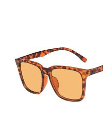 Fashion Leopard Light Tea Chips Square Sunglasses