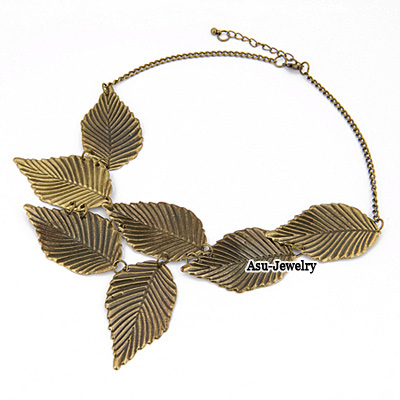 Roll Bronze Carve Leaf Design Pendant Alloy Korean Necklaces