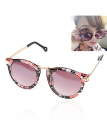 Circle With Purple Frame Fashion Arrows Design Resin Women Sunglasses