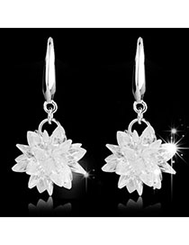 Scottish White Gemstone Decorated Flower Design Alloy Fashion Earrings