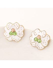 Glamour White Flower Decorated Simple Design Alloy Stud Earrings