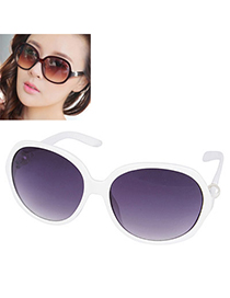 elegant White Pearl Big Round Frame Design Resin Women Sunglasses