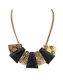 Clutch black flower decorated geometrical shape design alloy Bib Necklaces