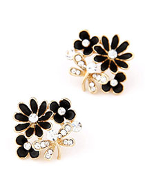 Boutique Black Diamond Decorated Flower Design Alloy Stud Earrings