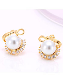 High-quality Champagne Gold Pearl Decorated Simple Design  Zircon Stud Earrings