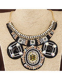 Bohemia Black Round Shape Pendant Decorated Collar Design