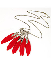 Personality Red Leaf Shape Decorated Feather Pendant Design