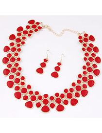 Fashion Red Irregular Geometrical Diamond Decorated Collar Shape Design