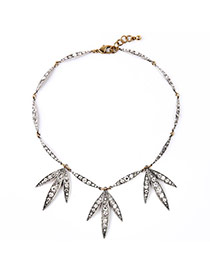 Exquisite Silver Color Full Diamond Decorated Leaf Shape Pendant Design Alloy Bib Necklaces