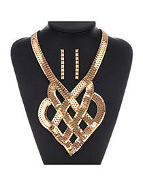 Exaggerate Gold Color Snake Bones Decorated Geometrical Shape Design