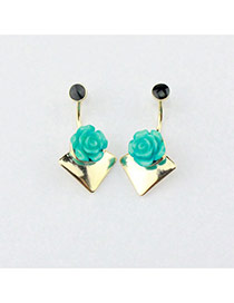 Trendy Gold Color Flower Shape Decorated Simple Design