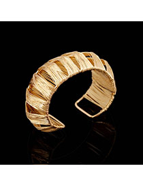 Trending Gold Color Metal Wire Decorated Weave Hollow Out Opening Design Alloy Fashion Bangles