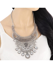 Exaggerate Silver Color Hollow Out Collar Shape Decorated Short Chain Design