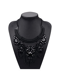 Vintage Black Metal Chain&flower Decorated Geometric Shape Design
