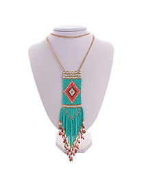 Bohemia Green Feather Pendant Decorated Multilayer Design