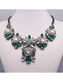Elegant Green Flower Shape Gemstone Decorated Short Chain Design Alloy Bib Necklaces
