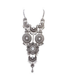 Retro Antique Silver Diamond Decorated Flower Design Alloy Bib Necklaces
