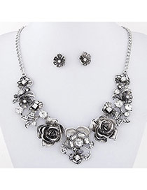 Vintage Silver Color Flower Shape Decorated Simple Jewelry Sets