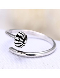 Retro Silver Color Flower Decorated Nail Shape Design Opening Ring
