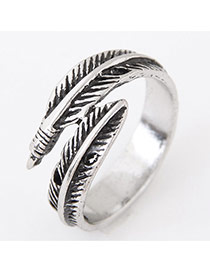 Vintage Anti-silver Feather Grain Decorated Simple Opening Ring