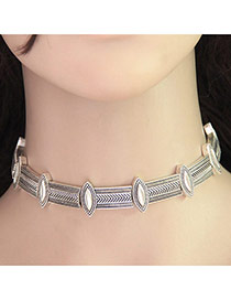 Vintage Silver Color Metal Oval Shape Decorated Simple Choker
