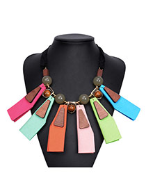 Exaggerate Multi-color Geometric Shape Pendant Decorated Short Chain Necklace