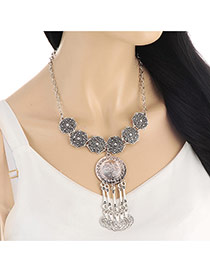 Personality Silver Color Round Shape Pendant Decorated Short Chain Necklace