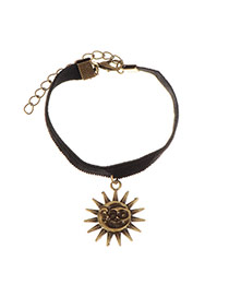 Sweet Gold Color Sun Face Shape Pendant Decorated Simple Bracelet