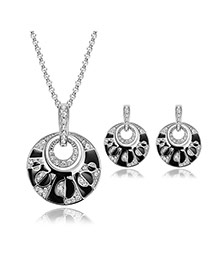 Vintage Silver Color Diamond Decorated Round Shape Pendant Decorated Long Chain Jewelry Sets