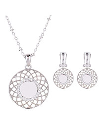 Delicate Silver Color Hollow Out Round Shape Pendant Decorated Long Chain Jewelry Sets