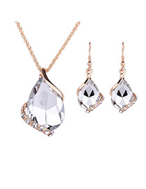 Delicate White Diamond Decorated Oval Shape Pendant Decorated Jewelry Sets