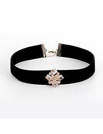 Fashion Black Diamonds Decorated Flower Shape Pure Color Necklace