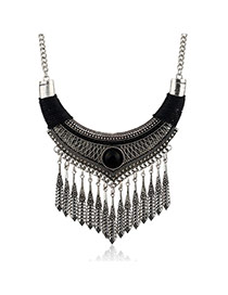 Fashion Black Vertical Shape Pendant Decorated Simple Tassel Necklace