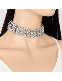 Vintage Silver Color Hollow Out Flower Shape Decorated Simple Choker