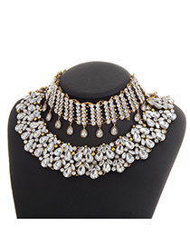 Luxury Gold Color Diamond Flower Decorated Arc-shaped Necklace