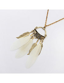 Fashion White Feather&metal Leaf Pendant Decorated Simple Necklace