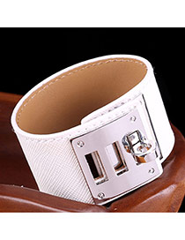 Trendy White Metal Buckle Shape Decorated Pure Color Bracelet