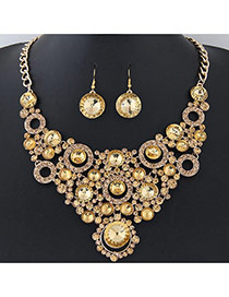 Elegant Gold Color Round Shape Diamond Decorated Simple Short Chain Jewelry Sets