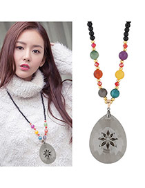 Fashion Multi-color Oval Shape Pandent Decorated Simple Sweater Necklace