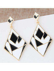 Exaggerated White+black Geometric Shape Diamond Decorated Color Matching Design Earrings
