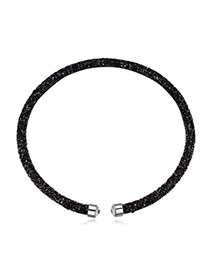 Personality Black Metal Round Decorated Pure Color Simple Necklace