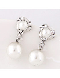 Elegant White Double Round Shape Decorated Simple Earrings